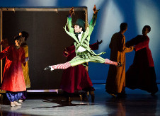 Compania Nacional de Danza descubre la magia de Cri Cri en el Auditorio Nacional, agosto 2015