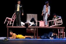 El Inspector Version 1.0 Los impecables, produccion de La Maquina de Teatro, se presenta en la Sala Villaurrutia, agosto 2015