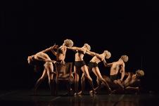 Barro Rojo Arte Escenico presenta Traslaciones, en el Teatro de la Danza, abril 2016