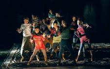 Compania Joven Danza Capital presenta el espectaculo Entre viajes suenos y utopias. Teatro de la Ciudad, agosto 2016