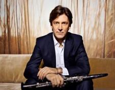 Paul Meyer, director y clarinetista, se presenta con la Orquesta Filarmonica de la UNAM. Sala Nezahualcoyotl, noviembre 2016