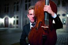 Johannes Moser solista invitado de la Orquesta Filarmonica de la UNAM. Sala Nezahualcoyotl, marzo 2017