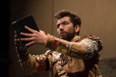 Quijote, vencedor de si mismo, dirigido por Claudio Valdes Kuri, se presenta en el 10 Gran Maraton de Teatro para Ninas, Ninos y Jovenes, Centro Cultural del Bosque, marzo 2017