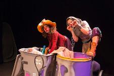 Sopa de Clown presenta Crash, dirigida por Nubia Alfonso, se presenta en el Foro de las Artes del Cenart, mayo 2017