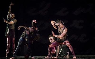 Aksenti Danza Contemporanea presenta Nisi Dominus, obra de Duane Cochran, en el Teatro Julio Castillo, junio 2017. Foto Gerardo Castillo
