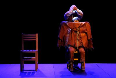 Kiwi, obra de de Daniel Danis y dirección de Boris Schoemann, se presenta en La Capilla, junio 2017
