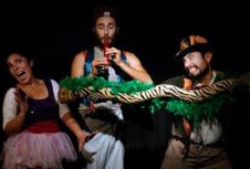 La Cofradia del Camarin presenta Los Sketches con la Hiena, obra de Georgina Flores, en la Sala Marlowe, junio 2017