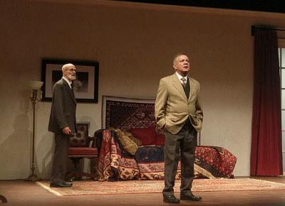 Luis De Tavira y Alvaro Guerrero actuan en La ultima sesion de Freud, dirigida por Jose Caballero. Teatro Lopez Tarso, agosto 2017