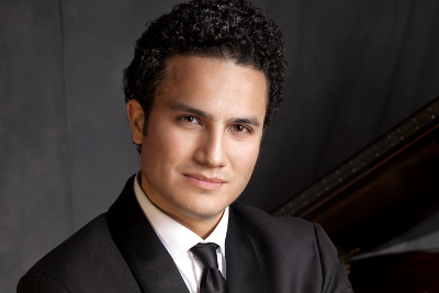 Abdiel Vazquez se presenta en el Festival Internacional de Piano En Blanco & Negro. Centro Nacional de las Artes, septiembre 2017