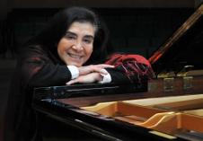 Guadalupe Parrondo se presenta en el Festival Internacional de Piano En Blanco & Negro, Cenart, sep 2017