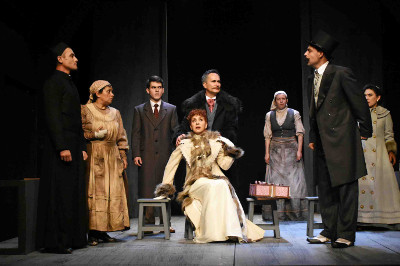 La divina ilusion, de Michel Marc Bouchard y dirigida por Boris Schoemann, se presenta en el Teatro La Capilla, octubre 2017. Foto Ulises Avila