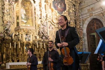 Scott Yoo dirige a la Orquesta Filarmonica de la Ciudad de Mexico en su actuacion en el Templo de Santo Domingo. Festival del Centro Historico, marzo 2018