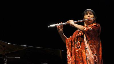 Elena Duran estrena Concierto-son para flauta y orquesta de Arturo Marquez con la Orquesta Sinfonica Nacional. Palacio de Bellas Artes, diciembre 2017