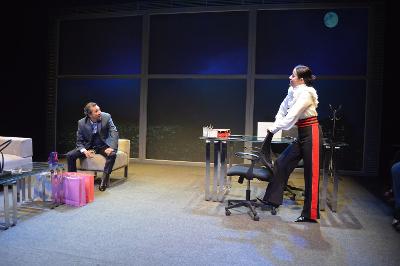 Cecilia Suarez y Enrique Arreola actuan en Testosterona, obra de  Sabina Bergman, dirigida por Ana Francis Mor. Teatro El Granero, febrero 2018