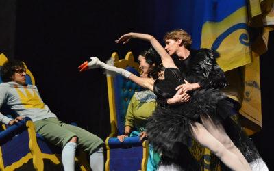 Compania Nacional de Danza presenta Rey y Rey coreografia de Demis Volpi. Teatro de las Artes del Centro Nacional de las Artes, agosto 2018
