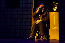 Risas de papel, direccion de Camila Aguirre y actuacion de Jorge Reza Cisneros se presenta en el Teatro Orientacion, octubre 2018