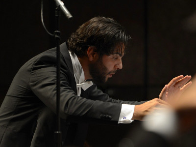 Domingo Hindoyan dirige a la Orquesta Sinfonica de Mineria, en la presentacion de Sonia Yoncheva, noviembre 2018