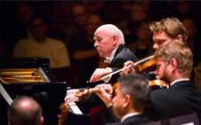 Jorge Federico Osorio se presenta con la Orquesta Sinfonica Nacional interpretando Concierto para piano No. 2 de Beethoven. Palacio de Bellas Artes, noviembre 2018