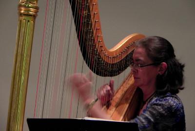 Janet Paulus, se presenta con la Orquesta Filarmonica de la UNAM. Sala Nezahualcoyotl, febrero 2019.