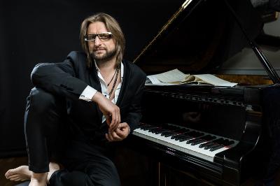Leszek Mozdzer se presenta en el Festival del Centro Historico, marzo 2019