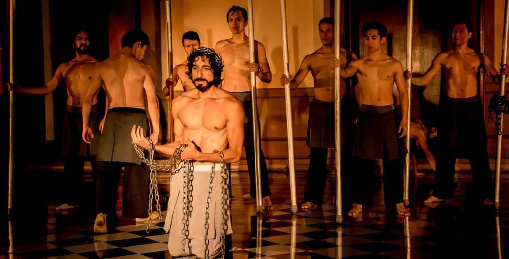 Rodrigo Gonzalez, lleva a la escena coreografica La pasion. Castillo de Chapultepec, abril 2019