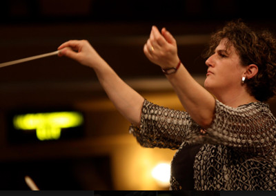 Rebecca Miller directora invitada de la Orquesta Sinfonica Nacional en su presentacion en la 35 edicion del Festival del Centro Historico. Palacio de Bellas Artes, abril 2019