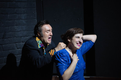 Karina Gidi y Odiseo Bichir actuan en Pequena voz, dirigida por Alonso Iniguez. Teatro Milan, mayo 2019