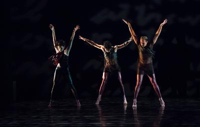 Aksenti presenta Nisi Dominus coreografia de Duane Cochran.  Palacio de Bellas Artes junio 2019. Foto Emmanuel Adamez.