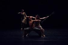 Contempodanza presenta Mutare en el ciclo De todo como en Botica. Centro Cultural Los Talleres, junio 2019. Foto Manuel Villalobos