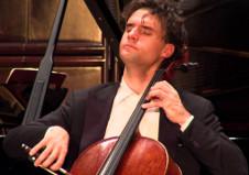 Leonard Elschenbroich, solista invitado de la Orquesta Filarmonica de la UNAM, Sala Nezahualcoyotl, junio 2019