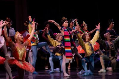 Les Ballets Trockadero de Montecarlo se presento en el Teatro de la Ciudad Esperanza Iris. Foto Itzel Romero