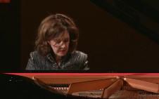 Anne-Marie McDermott, piano, solista invitada en la Temporada Verano 2019 de la Orquesta Sinfonica de Mineria. Sala Nezhualcoyotl, julio 2019