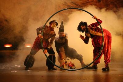 La estirpe de los titanes, dirigida por Juan Mendez, se presenta en el Teatro Julio Castillo, julio 2019. Foto Lizeth Samayoa
