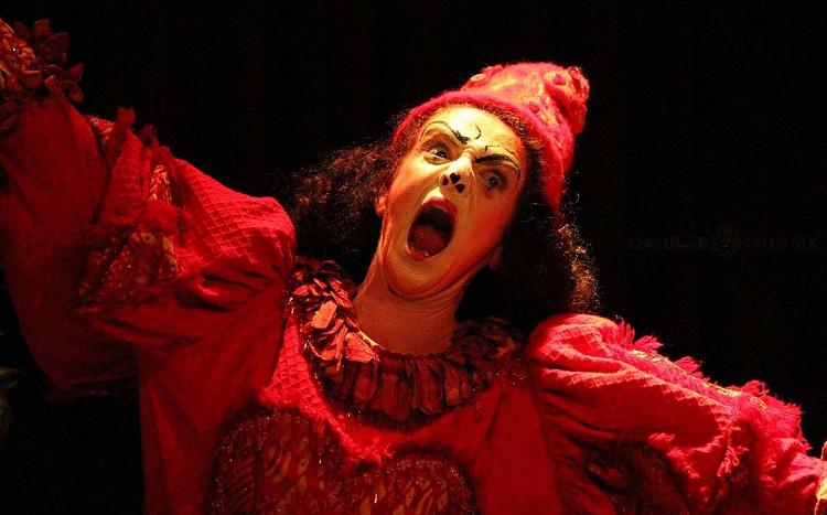 Lacuna, circo de todos, obra de Sol Kellan, se presenta en el Teatro El Granero julio 2019. Foto Claudia Garcia