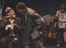 Esperanado a Godot, dirigida por Jose Luis Cruz, se presenta en el Foro de las Artes del Cenart, agosto 2019. Foto Fabian Cruz