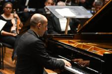 Rodolfo Ritter  se presenta en el Festival Internacional de Piano En Blanco y Negro que lleva a cabo el Centro Nacional de las Artes. Auditorio Blas Galindo, septiembre 2019