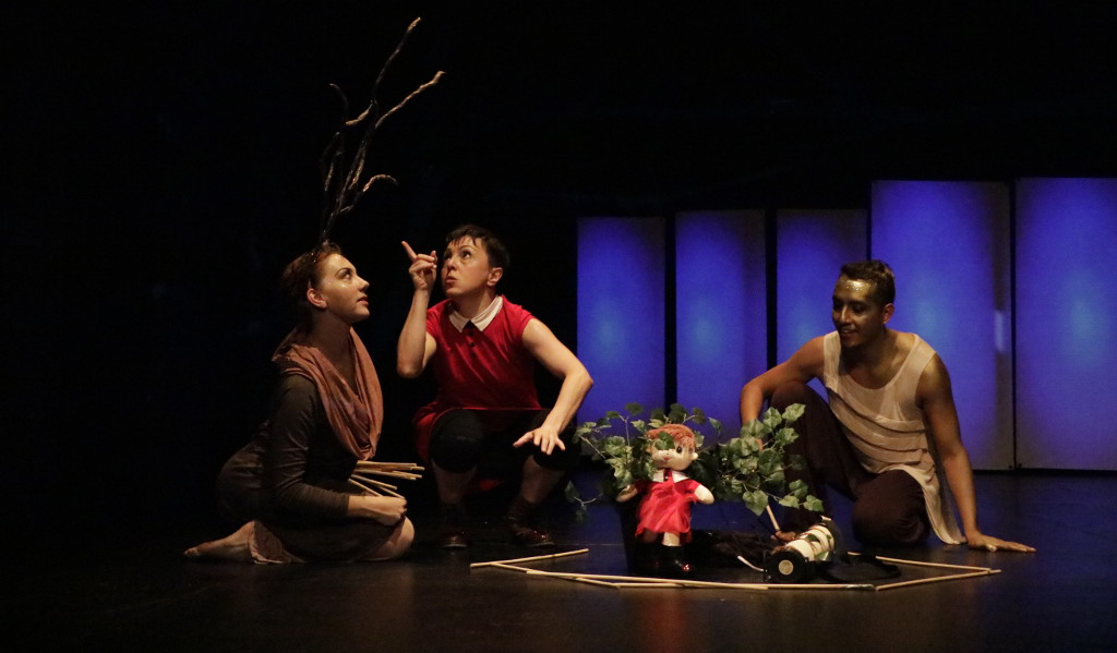Tandem Compania de Danza presenta El Naufragio del Sol, obra de Leticia Alvarado. Foto Diego Vallejo