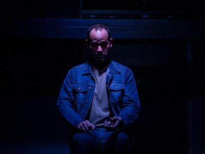 Anton Araiza, actua en Un acto de comunión. Foro Bellescene, octubre 2019. Foto Javier Perez Maya