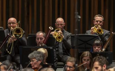 Gustavo Dudamel dirige a la Orquesta Filarmonica de Los Angeles en el Palacio de Bellas Artes, noviembre 2019