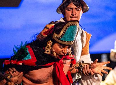 Motecuhzoma II, Zocalo Nov 2019 de Samuel Maynez Champion se presenta en el Zocalo de la Ciudad de Mexico, noviembre 2019. Foto Sandra G. Hordonez