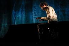 Benny Ibarra y la direccion de Mauricio Garcia Lozano presentan NOVECENTO en el Foro Lucerna, noviembre 2019. Foto Alberto Clavijo