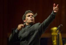Nuno Coelho dirige a la Orquesta Filarmonica de la UNAM. Sala Nezahualcoyotl, noviembre 2019