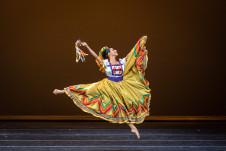 Compania Nacional de Danza presenta Sones de Michocan de Amalia Hernandez. Centro Nacional de las Artes, marzo 2020. Foto Nath Martin